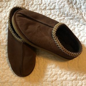 Men's Ugg slippers